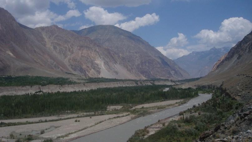 ضلع غذر کے گاوں ہاتون میں 12 کلومیٹر طویل واٹر چینل سیلاب کی ںذر ہوگیا