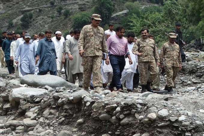 DC and CO army visit to affected area