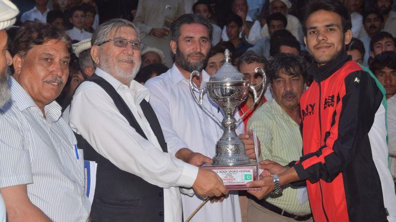 آل چترال ٹیبل ٹینس ٹورنامنٹ زبیر خواجہ نے جیت لی
