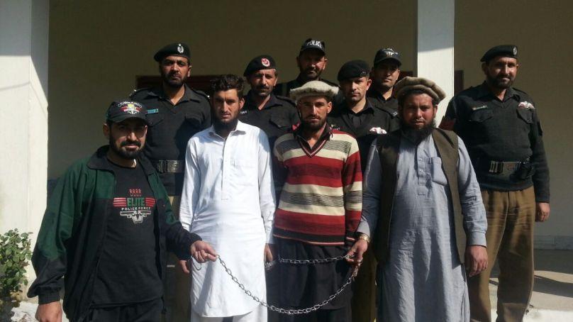دیامر پولیس نے کومبنگ آپریشن کے دوران تین اشتہاریوں کو گرفتار کر لیا