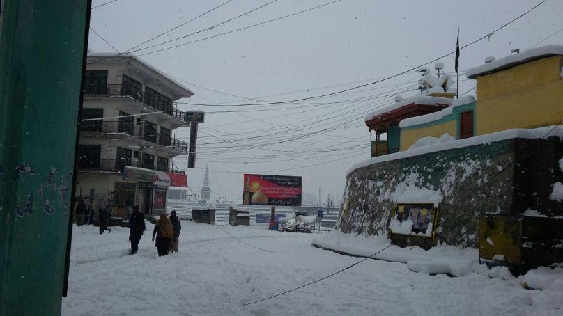 بلتستان ڈویژن میں گزشتہ روز ہونے والی شدید برف باری سے نظام زندگی متاثر