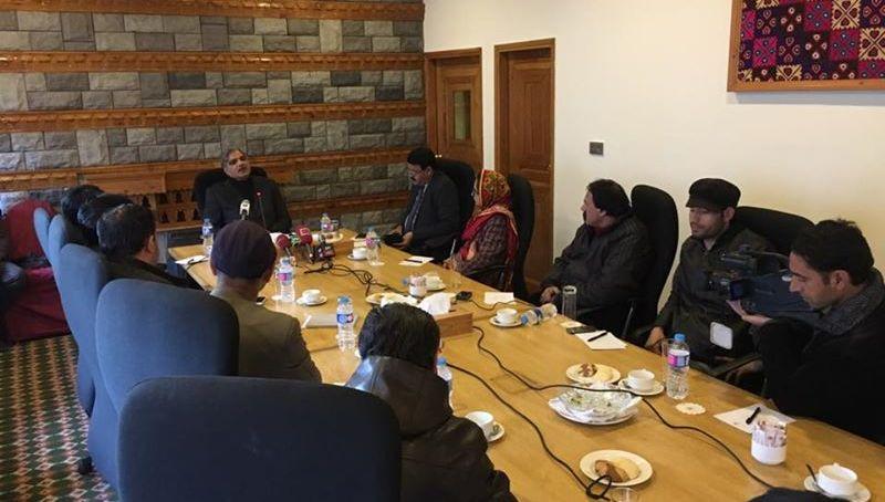 آئینی اصلاحات سے متعلق سرتاج عزیز کی کمیٹی نےسفارشات کو حتمی شکل نہیں دی ہے۔ وفاقی وزیرامور کشمیرو گلگت بلتستان