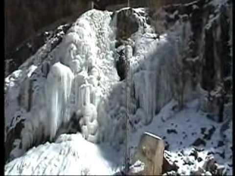 برفباری کی وجہ سے طولتی سمیت کھرمنگ کے بالائی علاقوں میں مواصلاتی نظام درہم برہم