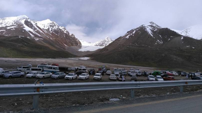 ایک ہفتے کے دوران ایک لاکھ سے زائد سیاح ہنزہ پہنچ گئے، آمد کا سلسلہ جاری