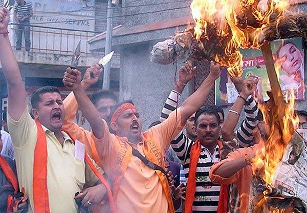 بھارت میں بے قابو ہوتا ہوا ہندو انتہا پسندی کا جن