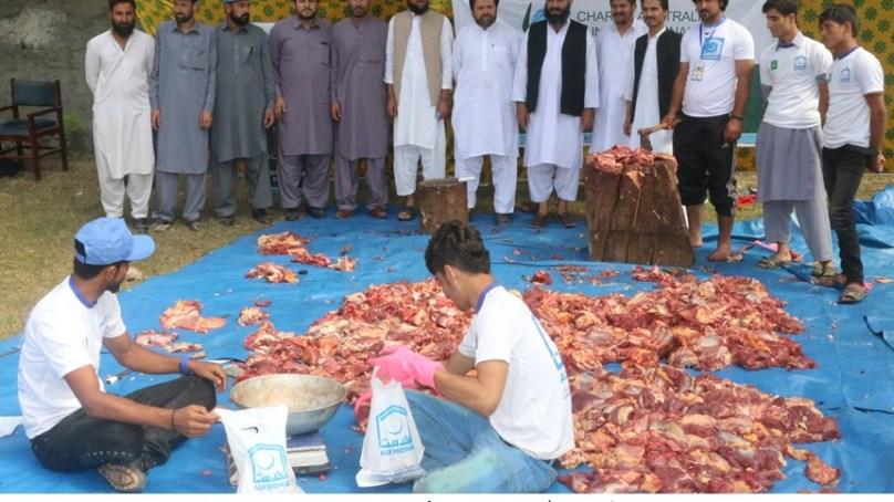 الخدمت فاونڈیشن گلگت بلتستان نے مستحقین میں قربانی کا گوشت تقسیم کیا