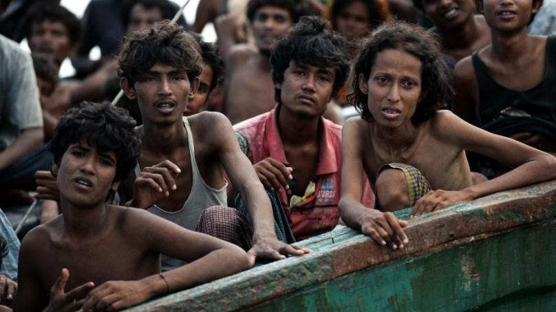 روہنگیا مسلمانوں کے ساتھ زیادتیوں کے خلاف گلگت میں احتجاجی ریلی نکالی گئی