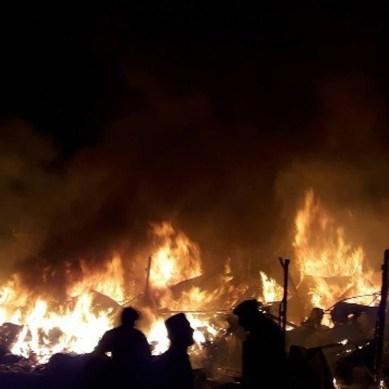 چترال : دروش بازار میں خوفناک آتشزدگی ، 60 دکانیں اور تین گھر جل کر خاکستر