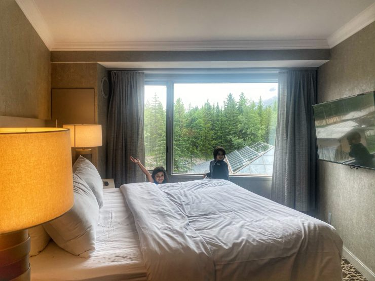 Kananaskis Mountain Lodge review bedrooms