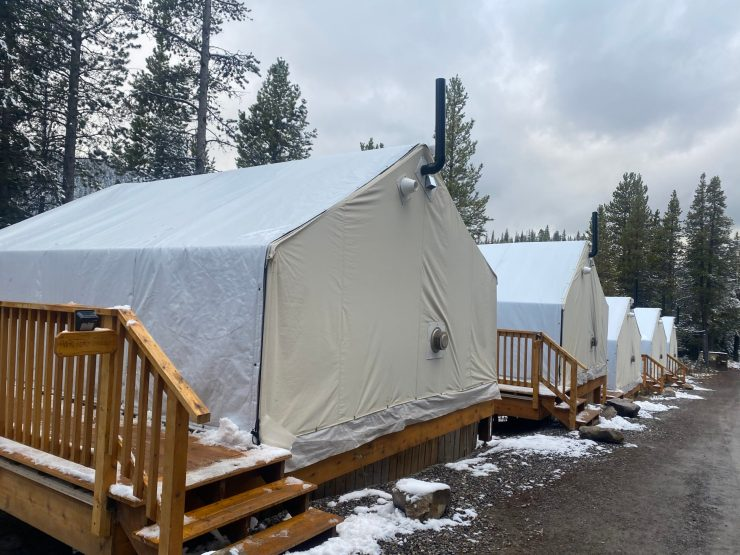 mount engadine lodge glamping tent