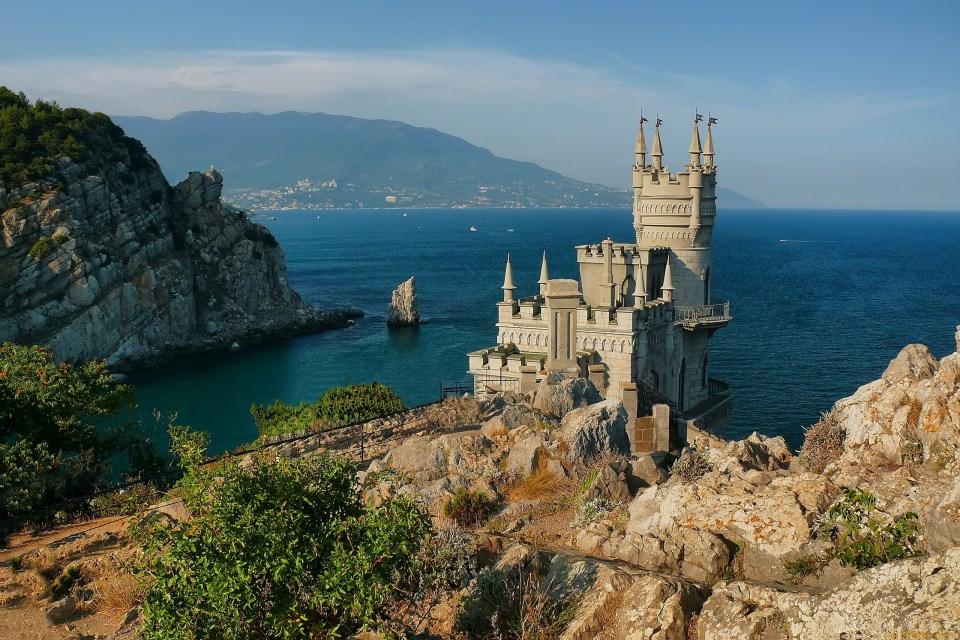 """Крим, дворецът """"Лястовиче гнездо"""""""