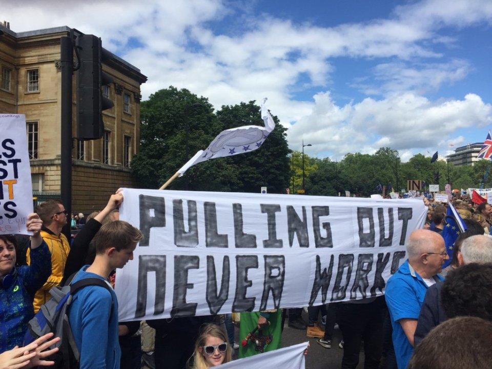 протест Лондон