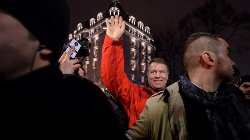 И президентът на Румъния Клаус Йоханис дойде на протестите