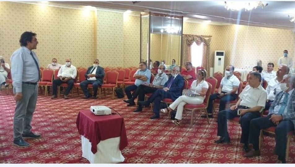 Güneydoğu Anadolu Gazeteciler Federasyonu (GGF), 3. olağan kongresi nedeni ile Mardin'de buluşan bölge gazetecilere mesleki eğitim programı düzenlendi.