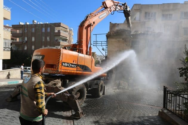 haliliye belediyesi yıkım çalışması