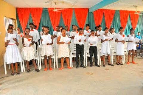 Christmas Carol choir of Westminster College,Ikotun-Idumu road, Idimu Lagos
