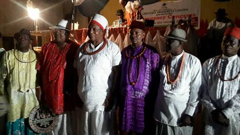 Olorogun Moses Taiga (Centre on white) in group picture with some Urhobo leaders
