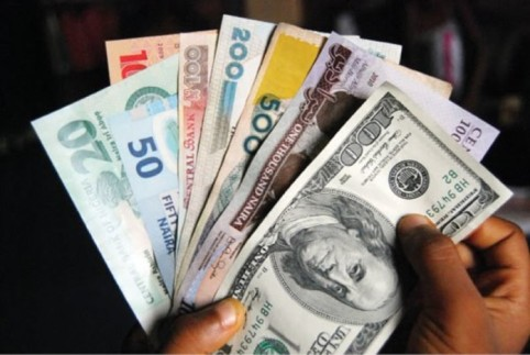Naira Continues To Grow Stronger, Sells 380 Per Dollar