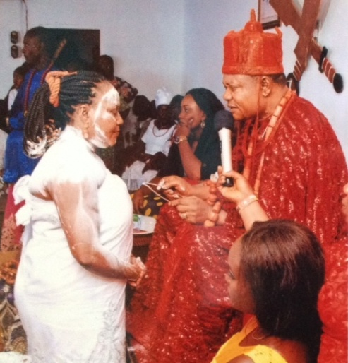 Wife of Ganiga, Olorogun (Mrs.) Ganiga being confered with the chieftaincy title of  Uriri R'Ovie of Ughelli kingdom by Ughelli Monarch HRM Oharisi 111