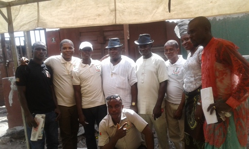 Youths of UPU Apapa branch in group picture  after the election