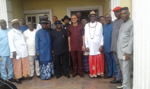 Professor Pat Utomi in group icture with members of Urhobo Social Club, Lagos