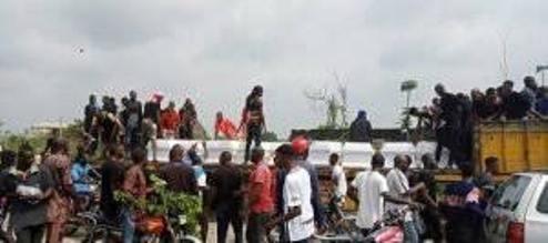 Tears Flow As Urhobo Community Rebury Exhumed Corpses Of Murdered Indigenes By Suspected Herdsmen