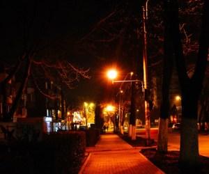 Oras noaptea - ghid de supravietuire