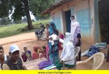 Photo of आशा कार्यकर्ताओं के द्वारा गांव में किया जा रहा है रूटीन टीकाकरण