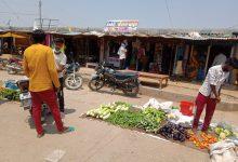 Photo of बरगवाँ पुलिस की कार्यवाही के बावजूद, व्यापारियों ने दुकानों का संचालन रखा जारी