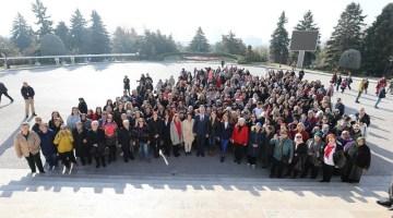 Gaziemirli 500 Kadın Atanın Huzuruna Çıktı