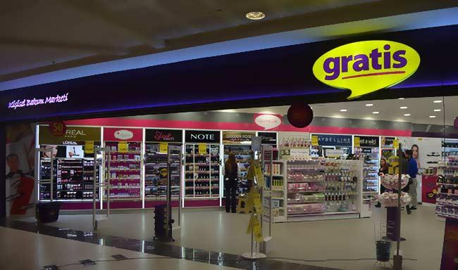 gratis kozmatik mağazacılığının devi mağazalarını kapattı