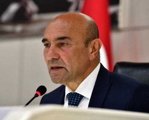 İzmirde Korona Zirvesi