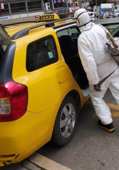 Taksiler Korona Virüsüne Karşı Dezenfekte Ediliyor