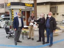 Taksicilere İftarda Tavuk Pilav
