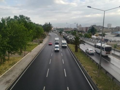 İzmirde Kısıtlama Bitti, Trafik Başladı
