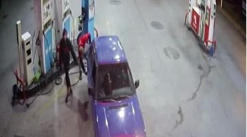 Gezmek İçin 3 Araç Çaldılar, Şansızlık Yakalarını Bırakmadı; O Anlar Kamerada