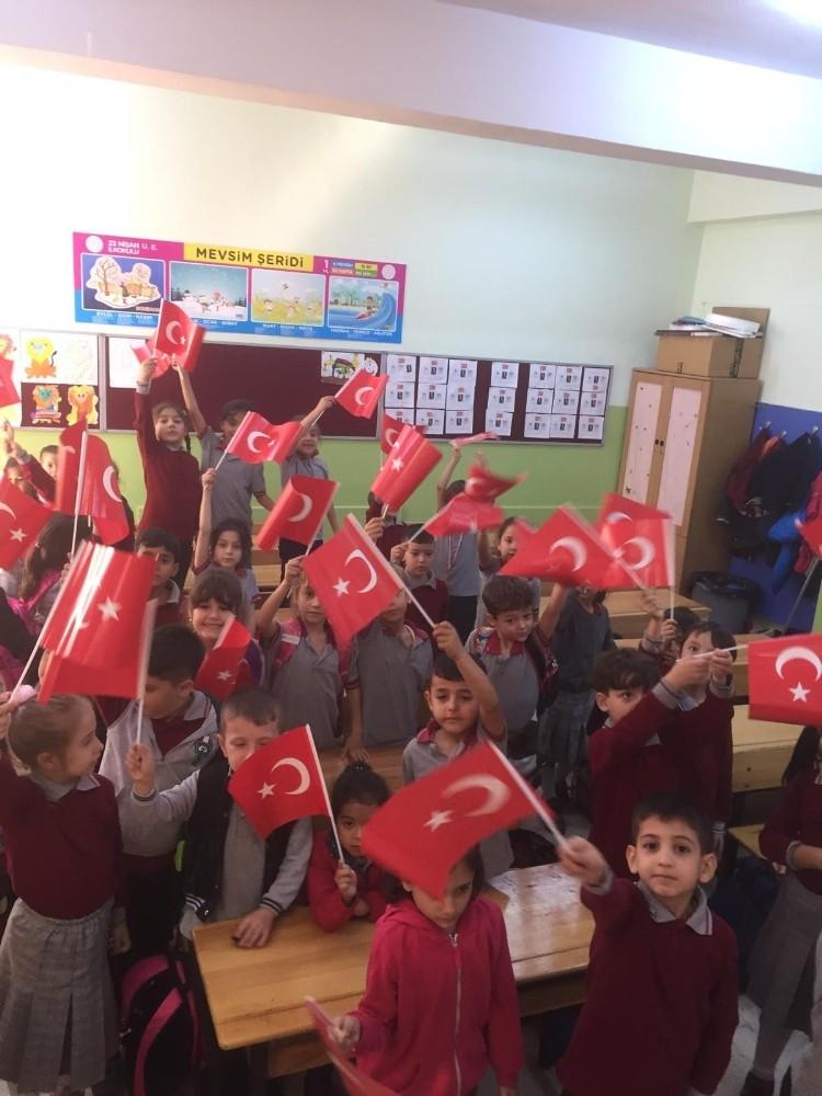 Öğretmenler Gününe Online Kutlama