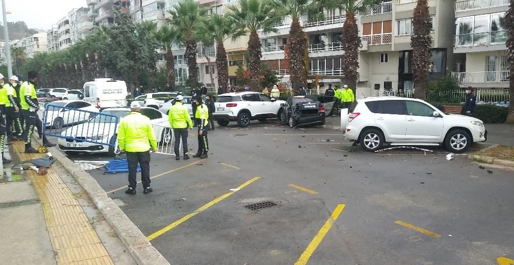 Kontrolden Çıkan Otomobil Dehşet Saçtı: 1 Ölü, 1 Yaralı