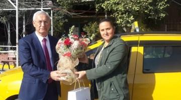 O Sarı Taksilerin Nazar Boncuğu