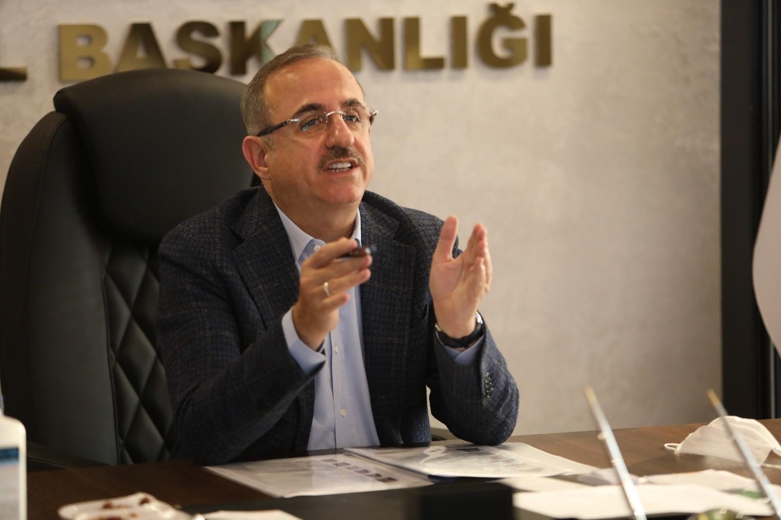 AK Parti İzmir İl Başkanı Sürekli'den trafik ve 2. çevre yolu çıkışı