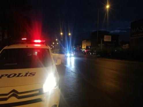 İzmir polisi dedektif gibi iz sürdü: Yayaya çarpıp ölümüne neden olan sürücü yakalandı