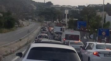Kuşadasına 5 Günde 72 Bin 660 Araç Giriş Yaptı