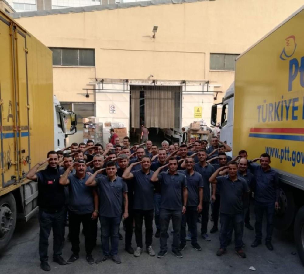 Ptt Taşeron Çalışanlarından Kadro Talebi