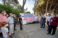 İzmir Büyükşehir Belediyesinden Köylülere Hijyen Kiti Ve Gıda Kolisi