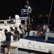 İzmirde 179 Sığınmacı, İl Göç İdaresi Müdürlüğüne Teslim Edildi