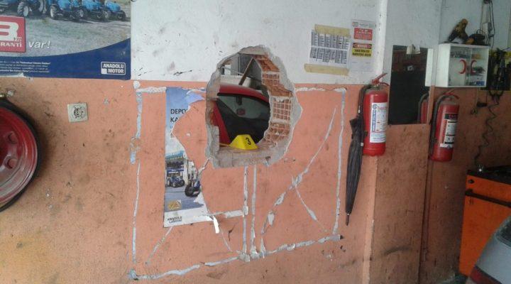 Urla Zeren Sanayi Sitesinde Hırsızlık