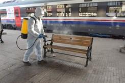 İzmirde Korona Virüsüne Karşı Duraklar, Toplu Ulaşım Araçları Dezenfekte Ediliyor