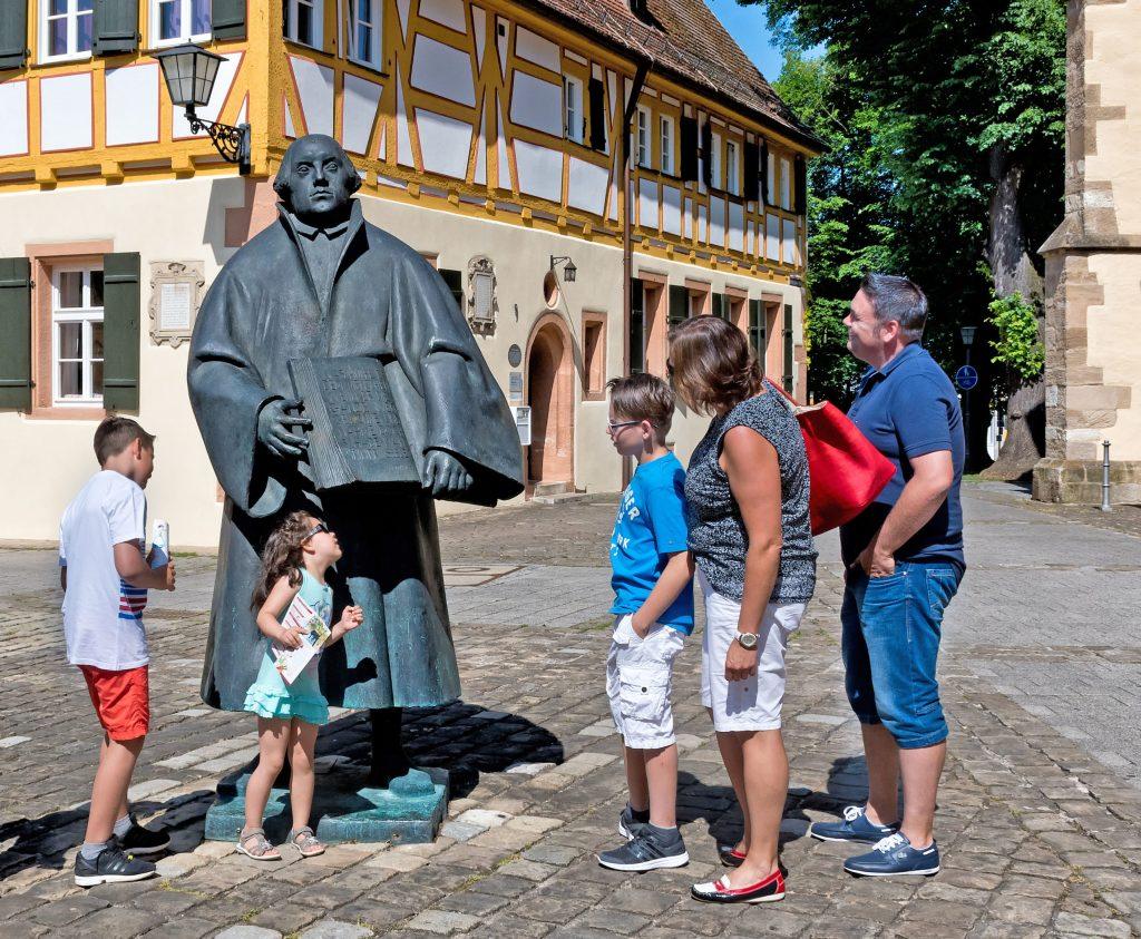 Bei einem Familienurlaub im fränkischen Weißenburg kommen Groß und Klein auf ihre Kosten.