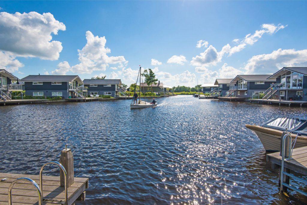 Waterpark Sneekermeer - Ferienhäuser direkt am See oder Meer