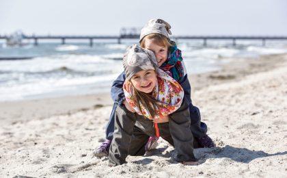 Gerade der Herbst bietet sich für einen entspannten Familienurlaub im OstseeFerienLand an.